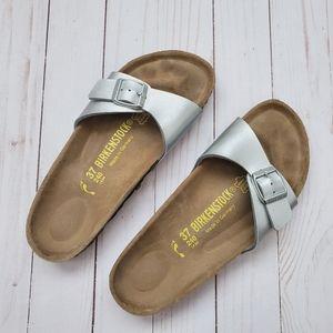 🤍 Silver Birkenstock Sandals 🤍